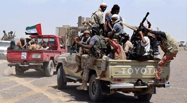 BAE destekli güçler, Sokotrada savaşması için 1000den fazla kişiyi silahlandırdı