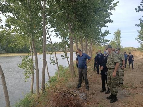 Edirne Valisi Canalp, Yunanistan sınır hattında incelemede bulundu