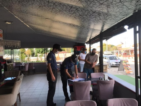 Edirnede Kovid-19 tedbirlerine uymayanlara para cezası yazıldı