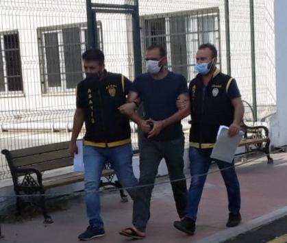 Adanada yankesicilik şüphelisini güvenlik kamerası yakalattı
