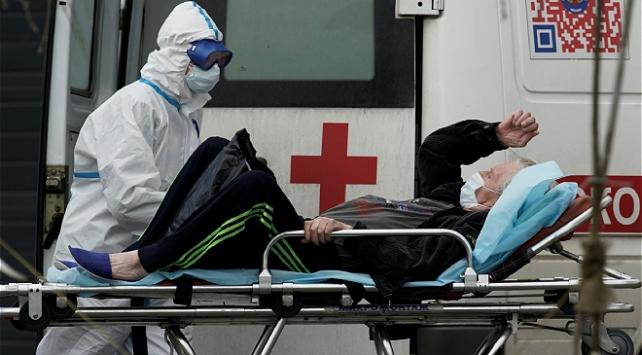Rusyada 8 bin 232 kişi daha koronavirüse yakalandı