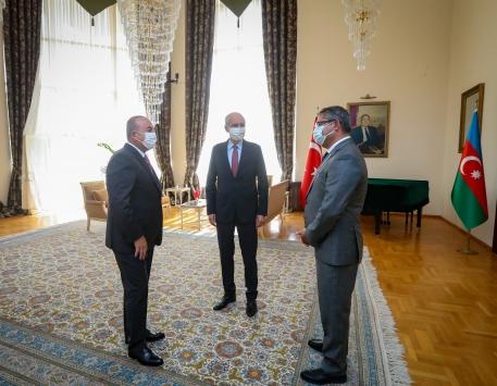 Dışişleri Bakanı Çavuşoğlu, Azerbaycanın Ankara Büyükelçisi Hazar İbrahimi ziyareti etti