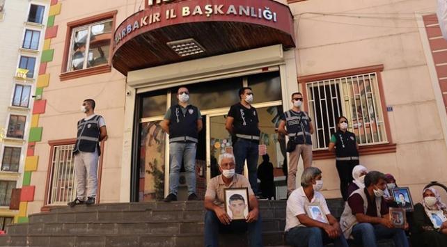 Diyarbakır annesi 5 yıl sonra oğluna kavuştu