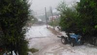 Bolu'da sağanak ve dolu etkili oldu