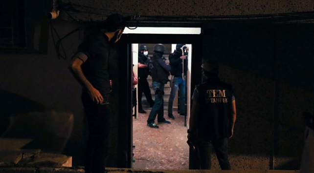 İstanbulda DEAŞ operasyonu: 13 gözaltı