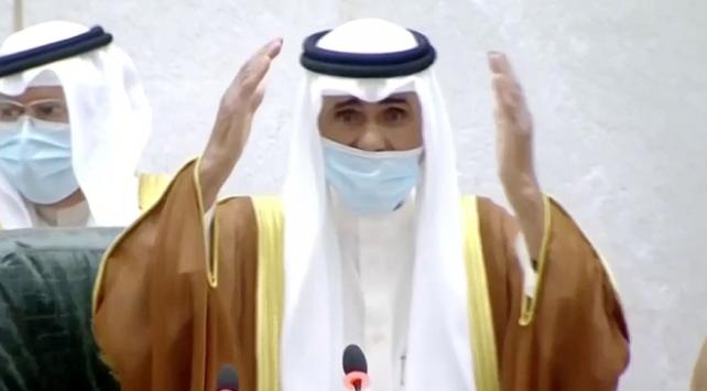 Kuveytin yeni emiri olan Şeyh Nevvaf yemin etti