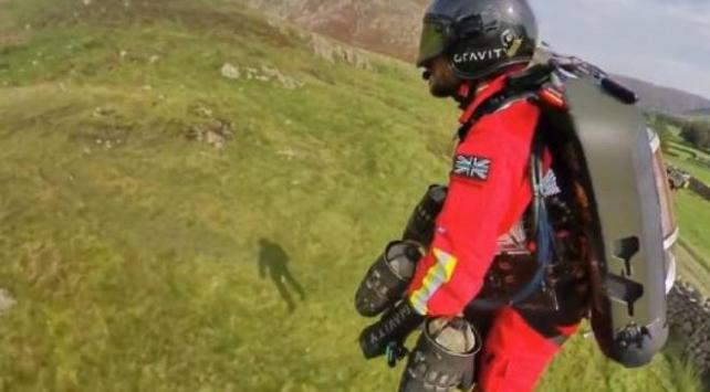 İngilterede uçan doktor projesi ilk testini gerçekleştirdi