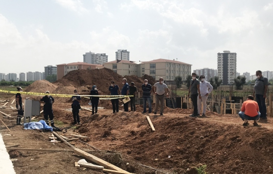 Adanada elektrik direğinde akıma kapılan işçi hayatını kaybetti