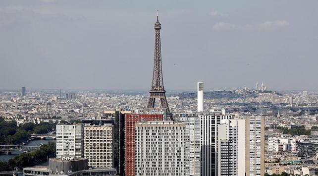 Pariste sonik patlama