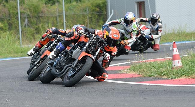 Milli motosikletçiler Fransada piste çıkacak