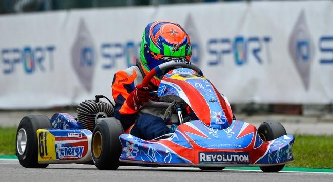 12 yaşındaki milli karting sürücüsü İtalyada piste çıktı