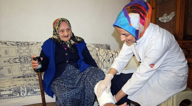 Yaşlı Destek Programı ile 62 binden fazla yaşlıya destek