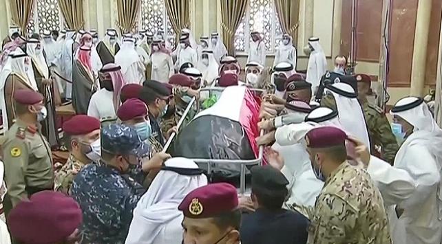 Kuveyt Emiri es-Sabah, son yolculuğuna uğurlandı