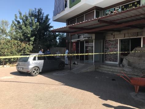 Antalyada silahlı saldırıda 2 kişi yaralandı