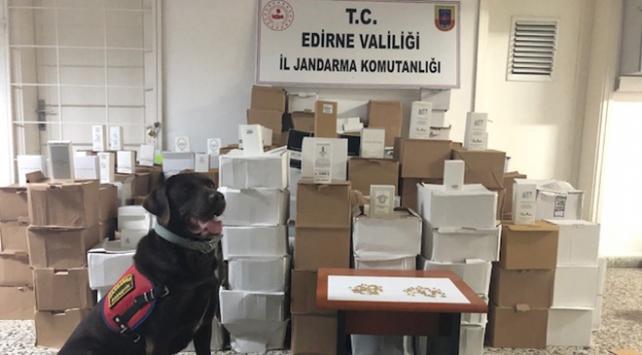 Edirnede 7 bin 391 kaçak parfüm ele geçirildi