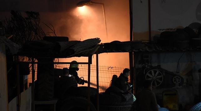 Bodrumda iş yeri ve kulübede yangın