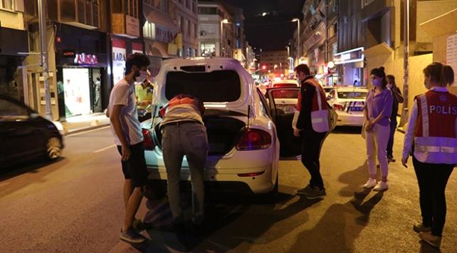İstanbulda aranan 303 şüpheli yakalandı