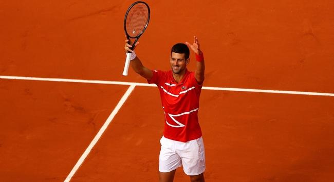 Djokovic Fransa Açıkta üçüncü turda