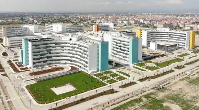 Konya Şehir Hastanesi tam kapasite hizmet vermeye başladı