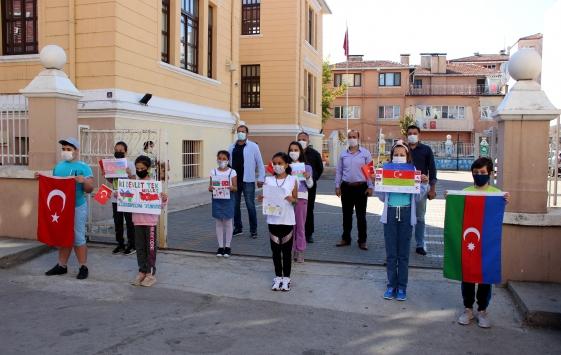 Edirnede öğrenciler resim ve şiirlerle Azerbaycana destek verdi