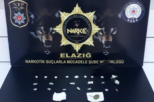 Elazığda uyuşturucu operasyonunda yakalanan 3 zanlı tutuklandı