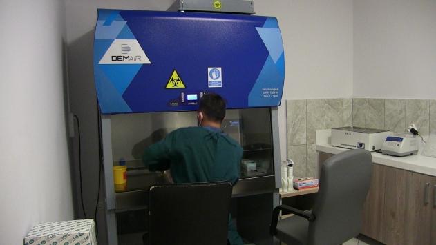 Elbistanda Kovid-19 testleri için PCR laboratuvarı kuruldu