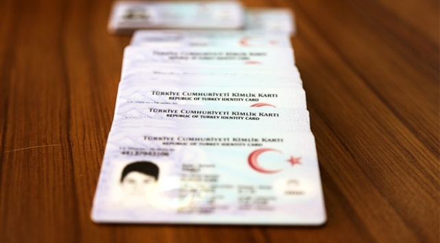 Kimlik kartlarına e-imza yüklenecek