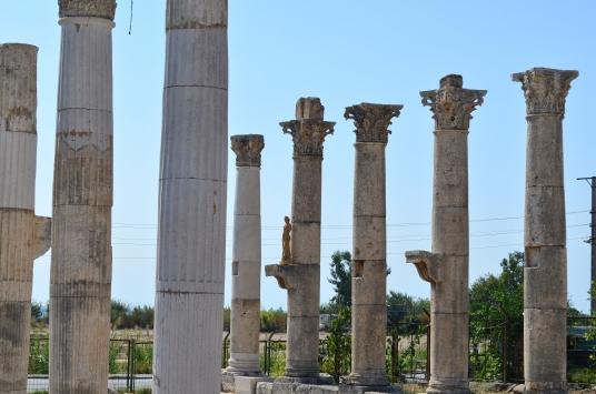 Mersinde şair ve gök bilimci Aratosun anıt mezarının ana hatları ortaya çıkarıldı