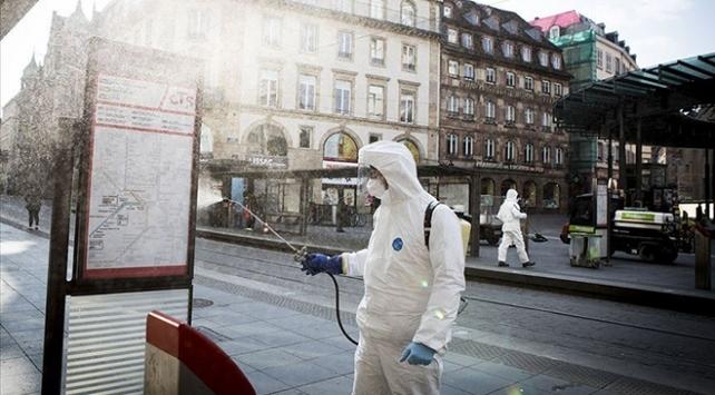 Fransada 12 bin 148 yeni vaka tespit edildi