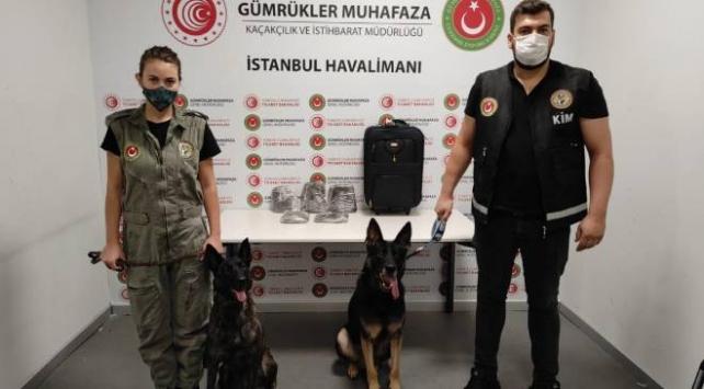 İstanbul Havalimanında 18 kilogram uyuşturucu yakalandı