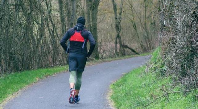 Düzenli yürüyüş fiziksel ve ruhsal sağlığı destekliyor
