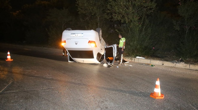 Kaza yapan sürücü aracını bırakıp gitti