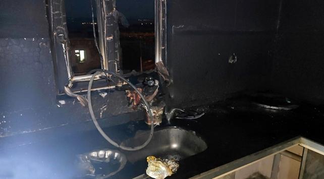 Mardinde elektrik kontağından çıkan yangın evi kül etti