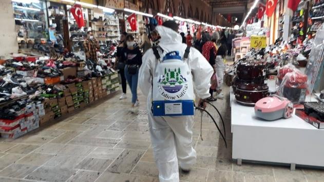 Edirnede tarihi çarşılar Kovid-19a karşı dezenfekte ediliyor