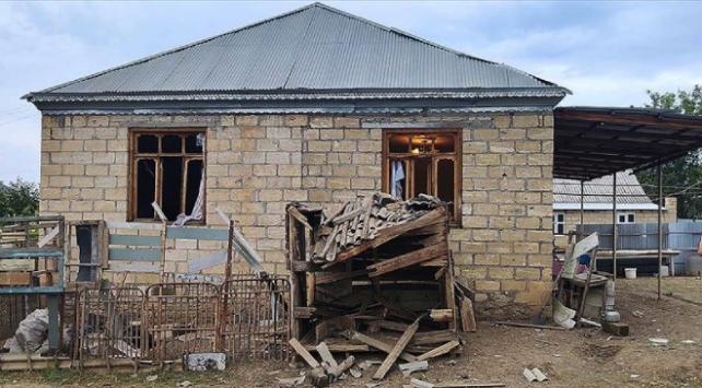 Ermeni ordusu sivil yerleşim bölgelerini hedef alıyor