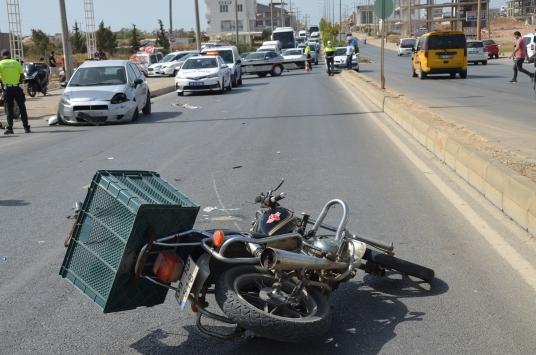 Aydında otomobille çarpışan motosikletin sürücüsü öldü