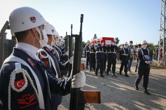 Şehit Jandarma Uzman Çavuş Hüseyin Yırtıcı, Hatayda son yolcuğuna uğurlandı