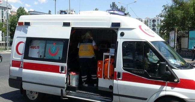 Denizlide ambulansın çarptığı kişi hayatını kaybetti