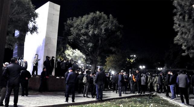 Eski Kırgızistan Cumhurbaşkanı Atambayev cezaevinden çıkarıldı