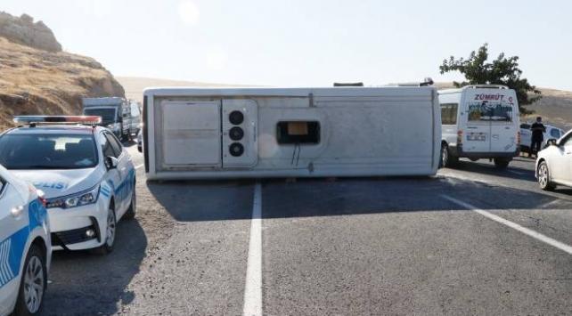 Şanlıurfada zincirleme trafik kazası: 14 yaralı