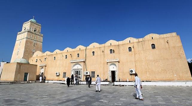 Libyada camiler 7 ay sonra yeniden ibadete açılıyor