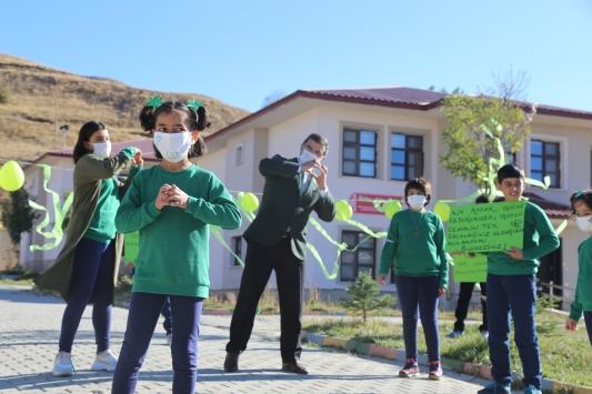 Erzurumda devlet korumasındaki çocuklar etkinliklerle serebral palsine dikkati çekti