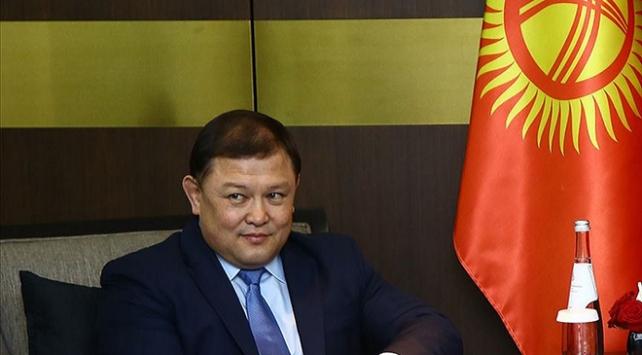 Kırgızistanda Başbakan ve Meclis Başkanı istifa etti