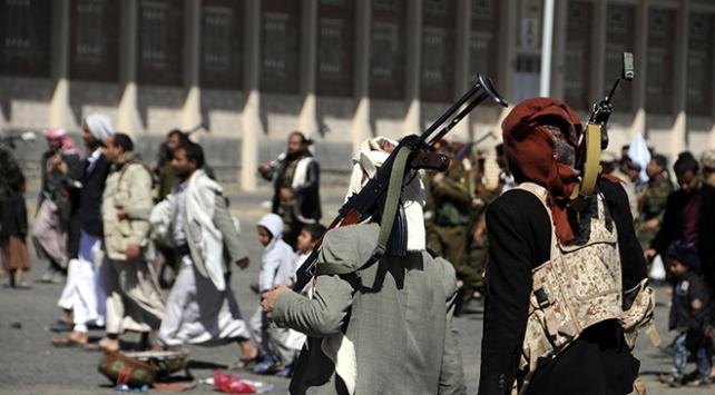 Yemende 12 Husi milis öldürüldü