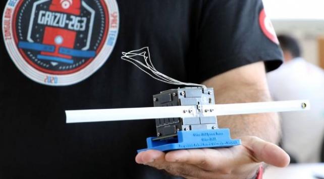 Türkiyenin ilk cep uydusu uzay yolculuğu için gün sayıyor
