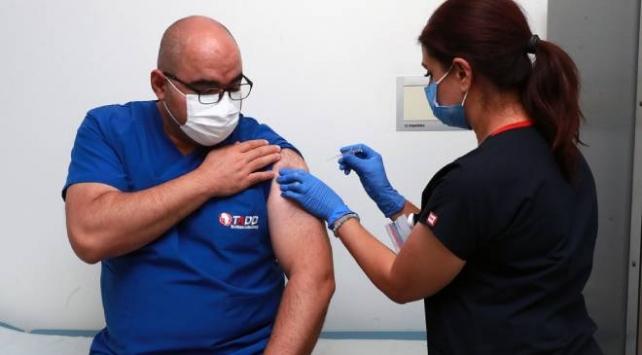 Aşı denemelerine Ankara Şehir Hastanesinde başlandı