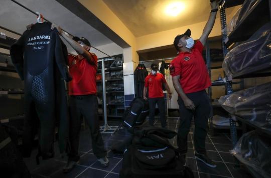 Su altının isimsiz kahramanları: Jandarma SAK timleri