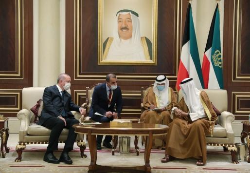 Cumhurbaşkanı Erdoğan Kuveyte geldi