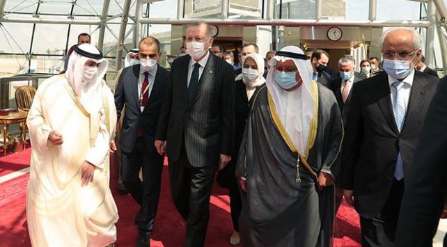 Cumhurbaşkanı Erdoğan taziye için Kuveyti ziyaret etti