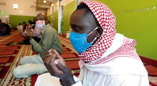 Kenyalılar koronavirüs salgınına karşı 3 gün dua edecek